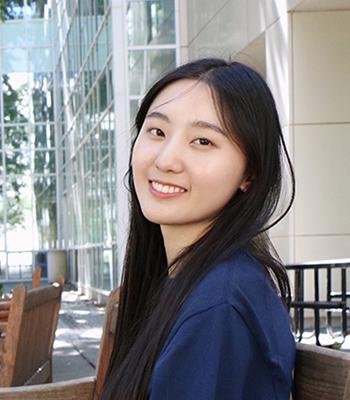 Chuyu Qin smiling