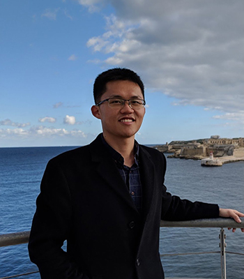 Lingzi Zhuang with ocean in background